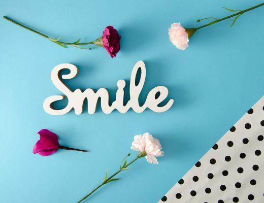 sourire fait partie des hbitudes des personnes positives